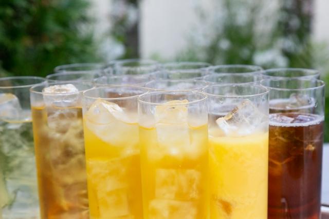グラスに注がれたジュース達